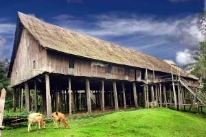 rumah_betang_tumbang_gagu-300x200 KALTENG